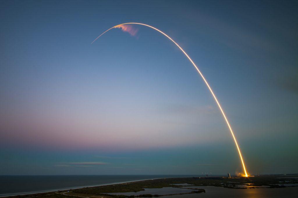 Photo du décollage d'une fusée